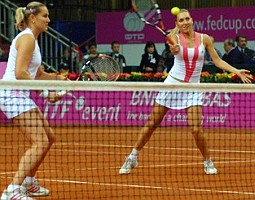 click for Fed Cup gallery