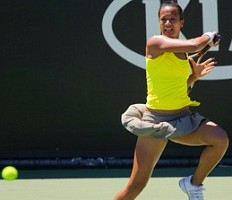 click for Yahoo New Zealand tennis photos