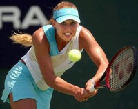 Anna Kournikova vs Conchita Martinez on August 1, 2002- click for Kournikova news photo search