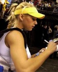 Anna signing autographs in Portland on Nov 22, 2003
