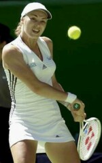 Martina Hingis defeating Greta Arn on 1/16/2002