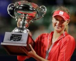 click for Sharapova news photos