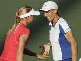 click for Navratilova news photo search