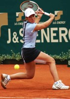 click for Warsaw tourney photo gallery Henin-Hardenne pics