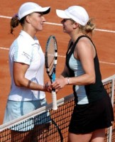 click for Warsaw tourney photo gallery Clijsters pics