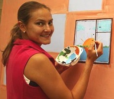 click for WTA player painting photo gallery