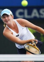 click for Coco Vandeweghe news photo search